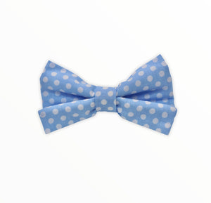 Handmade dog bow tie in cotton print. Made by hand in the U.K. and washable. Pale blue cotton poplin dog bow tie with white spots