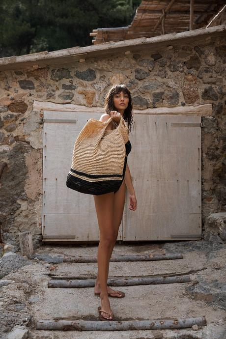 Tash Tote in Natural/Black