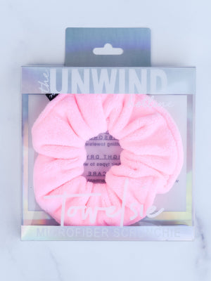 Towelsie Microfiber Scrunchie (Light Pink)