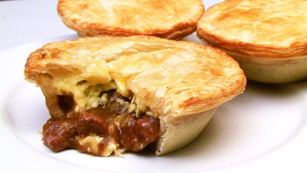 Black Angus Steak and Cheese Pie (2pcs)