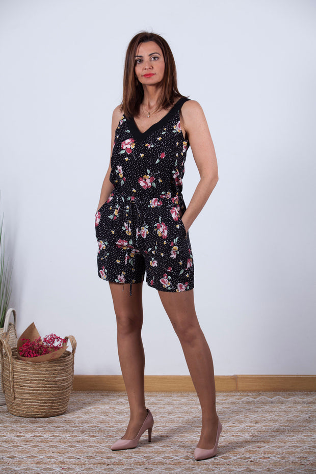 Short fluido negro con estampado de flores Dress Division entera