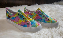 Load image into Gallery viewer, Girls Blowfish Tie Dye Shoes