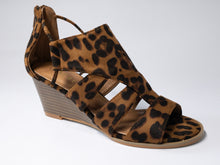 Load image into Gallery viewer, Leopard Print Wedges