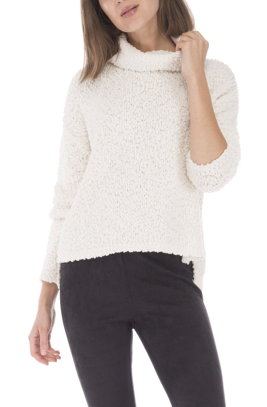 Popcorn Yarn Turtle Neck Sweater