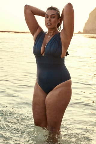 Voluptuous Aruba One Piece - Cenote