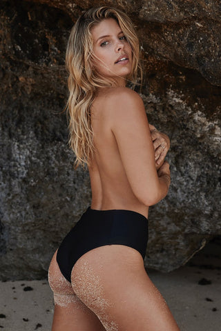Hamptons Bottom - Black