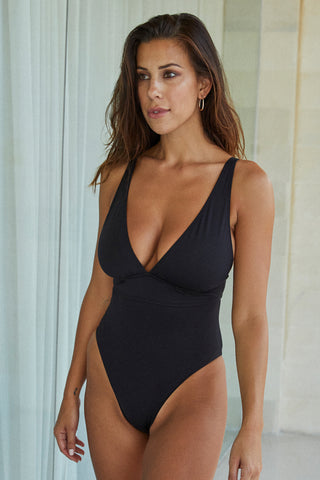 Portofino One Piece - Black