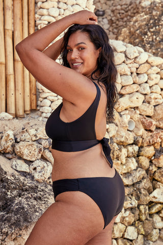 Voluptuous Byron Bottom - Black Rib