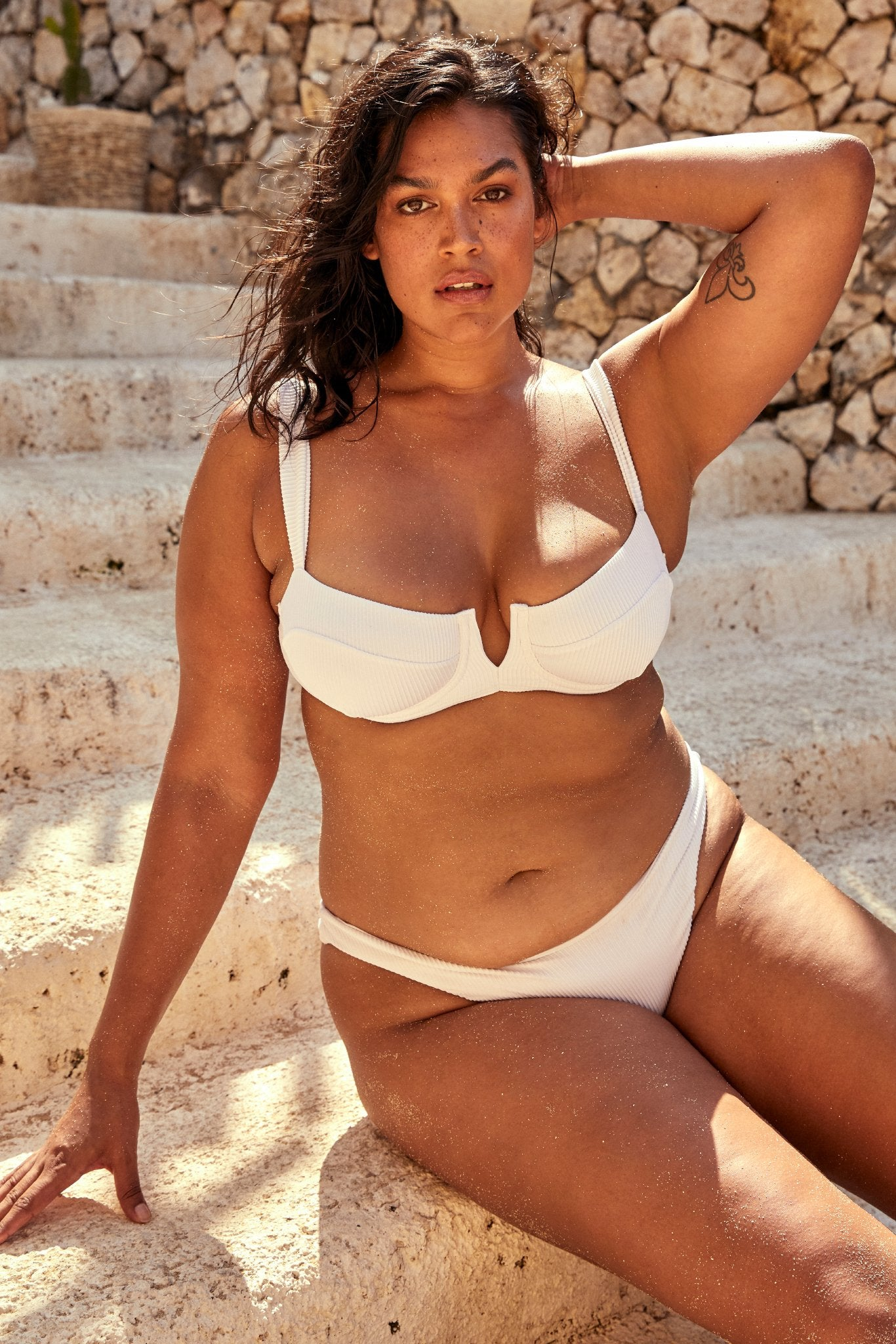 Voluptuous Byron Bottom - White Rib
