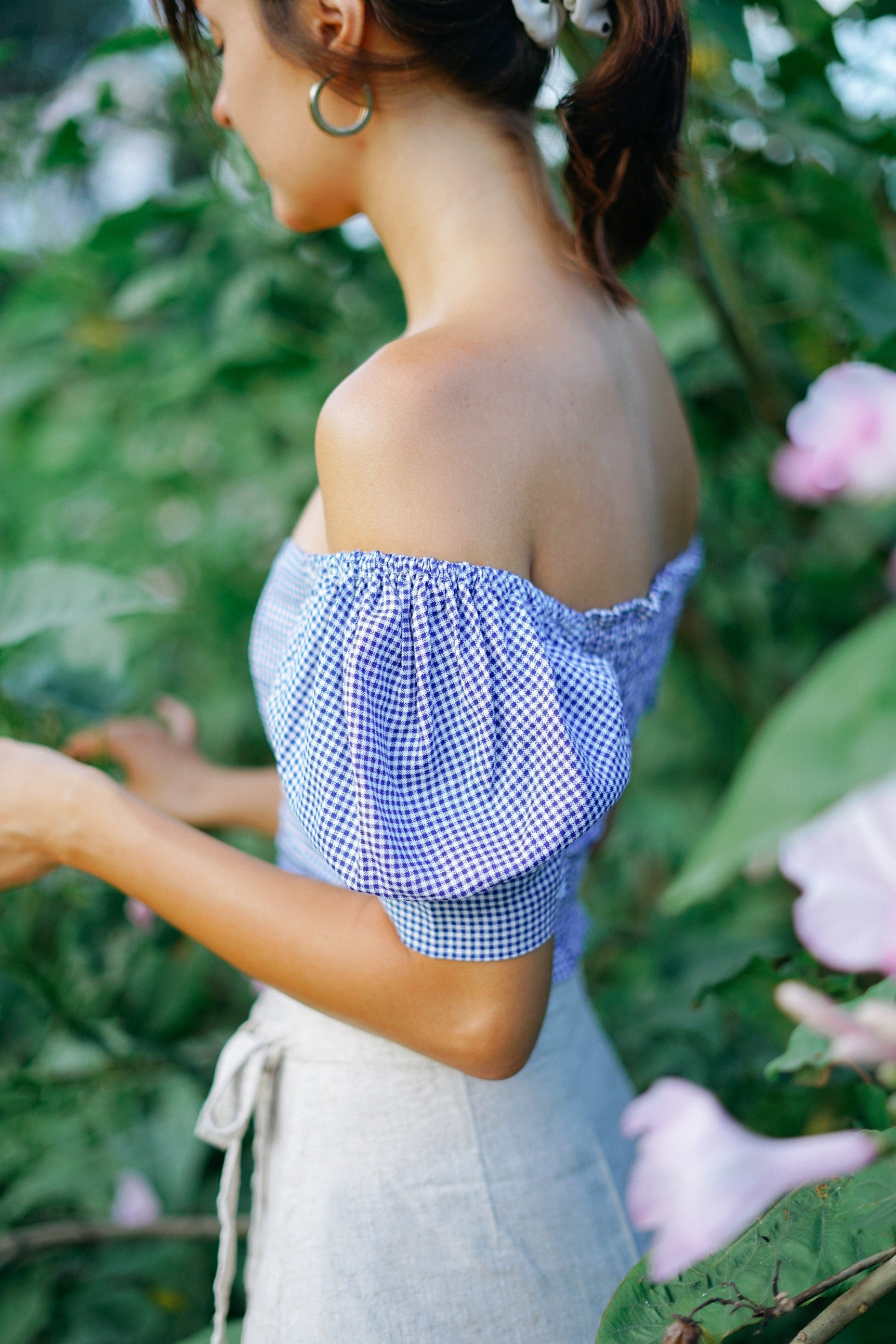 SHALVEY TOP IN BLUE CHECKERED