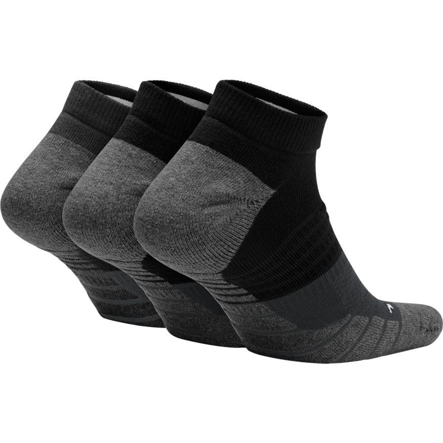 nike max cushion socks