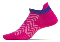 Feetures HP Ultra Light No Show Tab Medium Pink FA550932