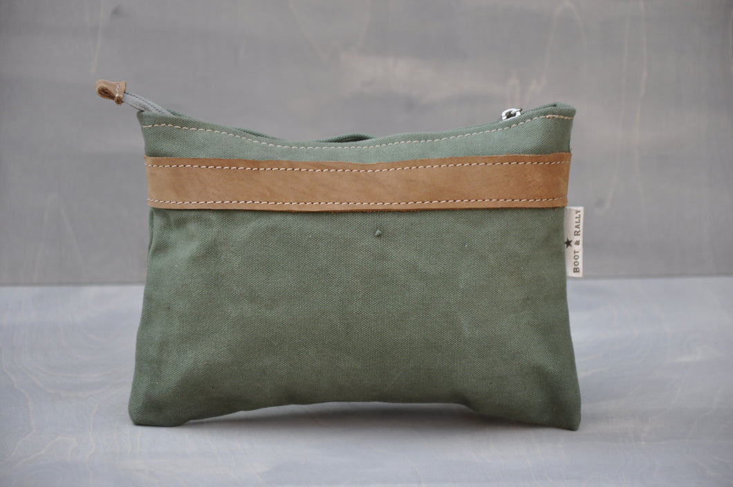 Utility Pouch - Reclaimed Canvas (Green / Tan)