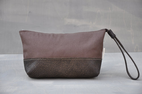 Utility Pouch - Wrist Strap with Base (Brown / Buffed Brown)