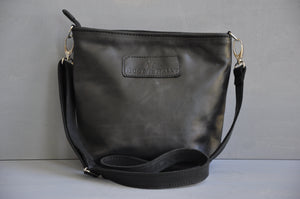Cecilia Crossbody  bag ( Black)