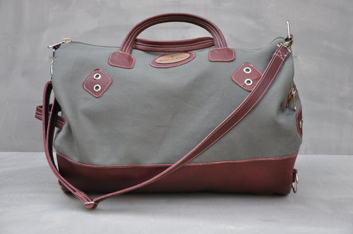 Travel Duffle - (Maroon / Green)