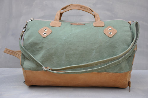 Travel Duffle - (Green / Tan)