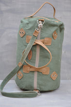 Load image into Gallery viewer, Travel Duffle - (Green / Tan)