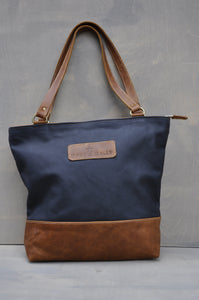 Megan bag Two tone leather (Dark blue & Diesel Toffee)