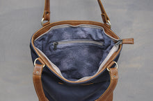 Load image into Gallery viewer, Megan bag Two tone leather (Dark blue & Diesel Toffee)