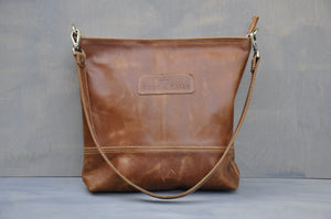 Megan bag With a twist ( Diesel Toffee)