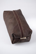 Load image into Gallery viewer, Toiletry bag- Full leather (Buffed Brown)