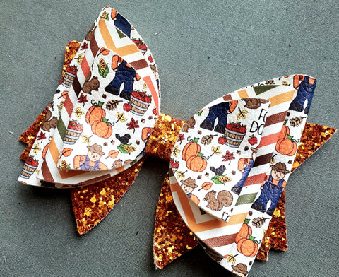 Large 4-Layered Sailor Style Fall Days Bow