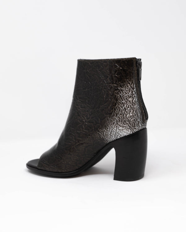 AD ANN DEMEULEMEESTER - Kuki Boots | Luxury Designer Fashion | tntfashion.ca