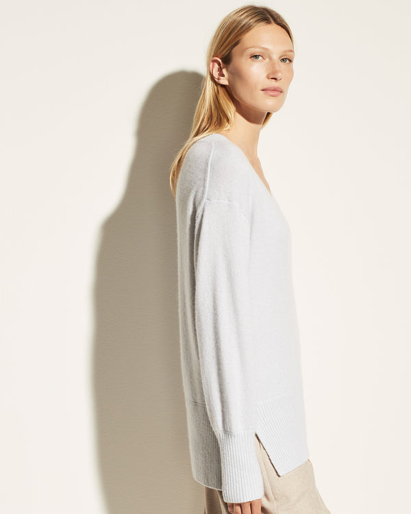 VINCE Ribbed V-Neck Tunic | newtntfashion.