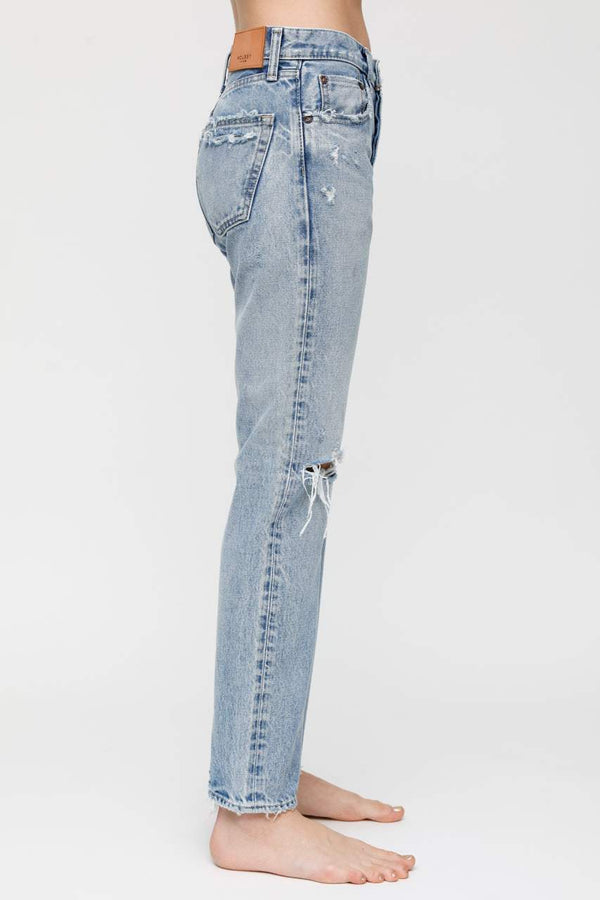 MOUSSY Mid Rise Hesperia Straight Jean | newtntfashion.