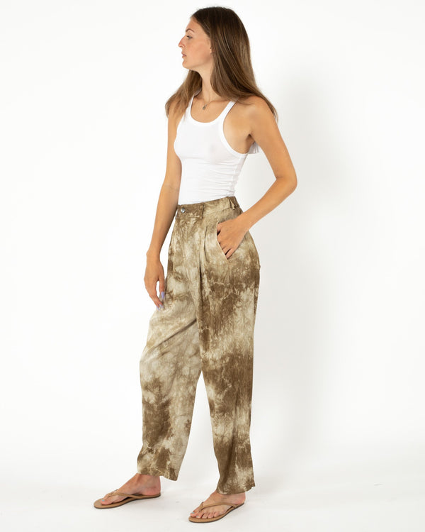 Tie-Dye Ripple Satin Pleated Pant