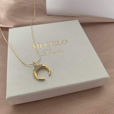 Horn necklace gold
