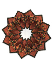 Load image into Gallery viewer, Sewing project wreath design for Thanksgiving or Christmas