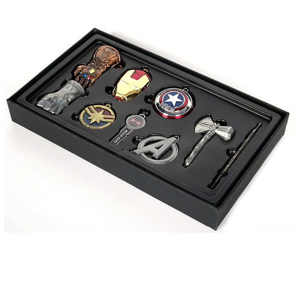 Avengers 4 Endgame Fighting Super Heroes Premium Collection Set Keychain
