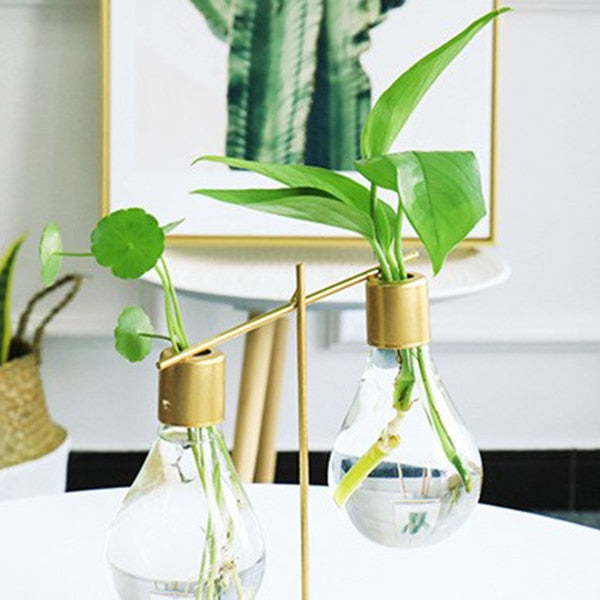 Minimal Chic Light Bulb Vase