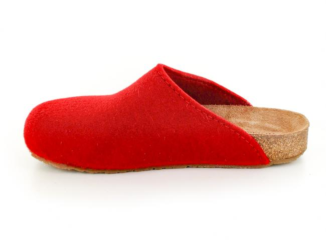 ruby red haflinger-bio-felt-clogs side