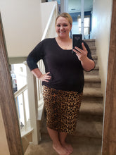 Load image into Gallery viewer, 🐆 Leopard Pencil Skirt - plus