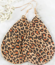 Load image into Gallery viewer, Leopard teardrop cork earrings