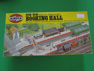 03603-2 Airfix Booking Hall Kit - new pld stock
