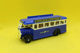 17015 Corgi (LLEDO) 1932 AEC Regal SD bus, royal blue coach service