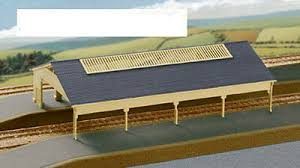 207 Station Train Shed (N Gauge)