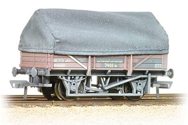33-085A BACHMANN  UCV China Clay Wagon BR Bauxite with hood