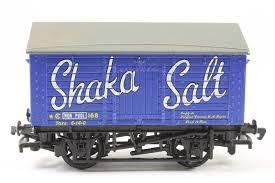 "33-179B BACHMANN  10T Covered Salt Wagon ""Shaka Salt""  Weathered"