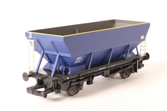 33-553 BACHMANN 46 Tonne HEA Hopper Wagon 360601 in Railfreight Coal Sector Grey & Red Livery Mainline Blue Livery