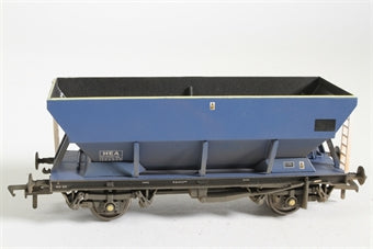 33-556 BACHMANN 46 Ton HEA hopper wagon with graffiti (ex Mainline) (weathered)