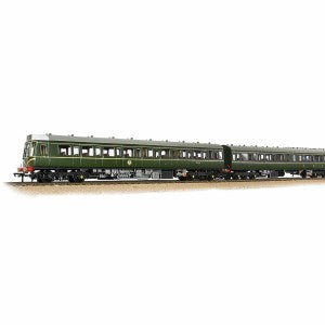 35-500 Bachmann Class 117 Three Car DMU in BR green with speed whiskers