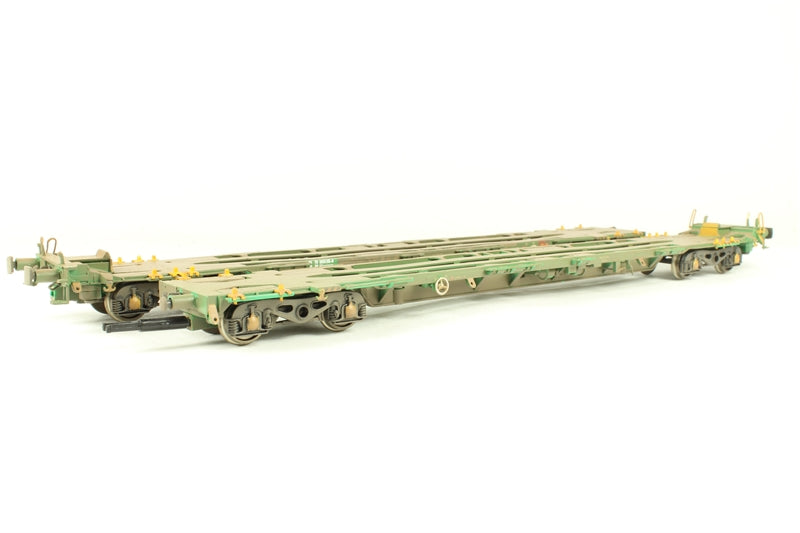 37-316 BACHMANN Intermodal Flats (pair) without containers in green (weathered)
