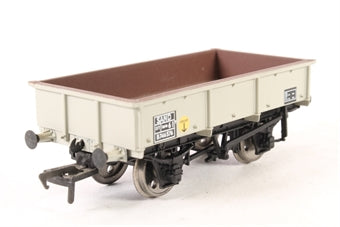 37-475 BACHMANN 1-plank open wagon in LMS grey