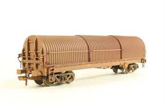 37-628 BACHMANN 102 Ton Thrall BRA steel strip carrier in EWS livery (weathered)