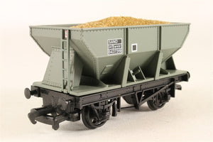 37422 Mainline BR hopper wagon with sand load